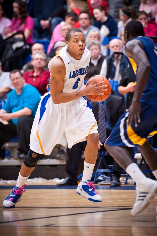 lakehead men Kevin ndahiro and isaiah traylor have division 1 experience, and are expected to play significant roles for lakehead in the 2018-19 season.
